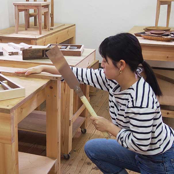 家具作り木工教室の様子